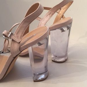 Express size 9 mod plexi clear heel nude shoes